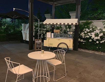 Gelato Cart set up for Wedding Outside